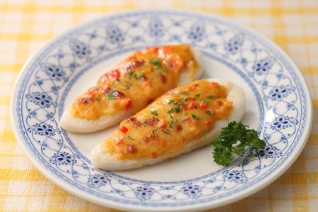 笹かまのカレー風味ピザ
